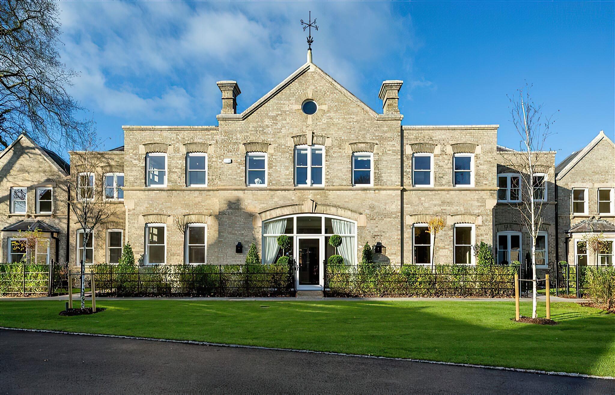 Woolley Hall, Maidenhead