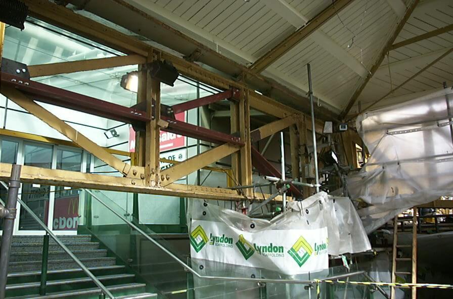 Manchester Victoria Station-02