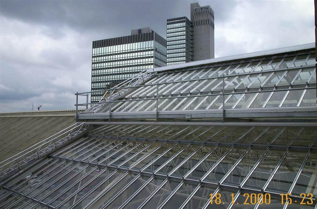 Manchester Victoria Station-04